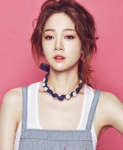 Kim Bo Mi (1987)34