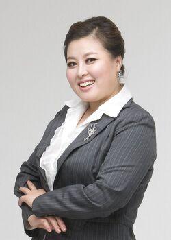Hong Ji Min2