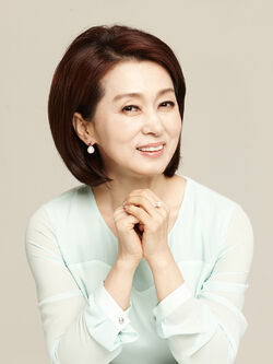 Moon Hee Kyung23