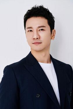 Son Woo Hyuk (1983)-1