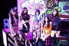Sunny Girls 02