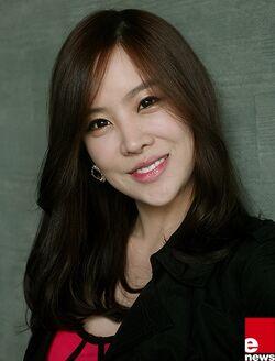 Choi Ha Na4