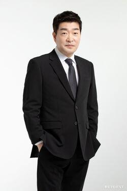 Son Hyun Joo07