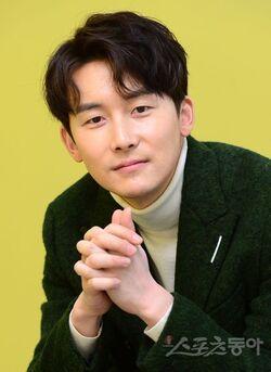 Kim Joon Han9