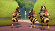 Bee-movie-disneyscreencaps.com-1972
