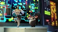 Madagascar3-disneyscreencaps.com-1184