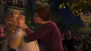 Shrek2-disneyscreencaps.com-9644