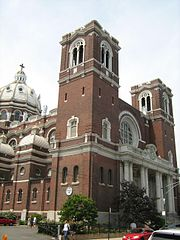 180px-Saint Mary of The Angels Church, Chicago, Illinois, United Sates