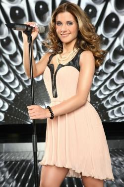 DSDS-2012-Top-10-Sylvia-Amaru-©-RTL-Stefan-Gregorowius1