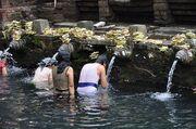 800px-Tirtha Empul Temple - Purification