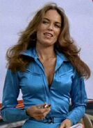 Catherine Bach (Cannonball Run II)