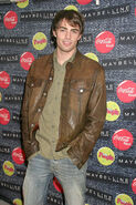 Jonathan-bennett-during-teen-peoples-5th-annual-whats-ne 002