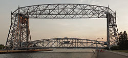 250px-Aerial lift bridge duluth mn