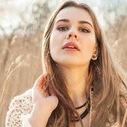 Emily De Moller 5