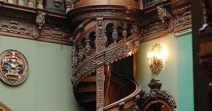 Pstaircase