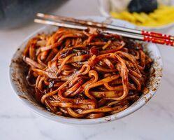 Korean-black-bean-noodles-3