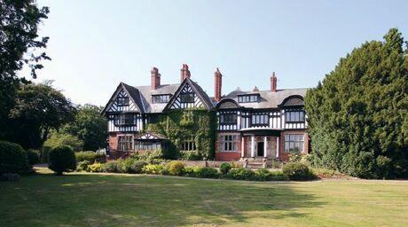 Hogsmeade Manor