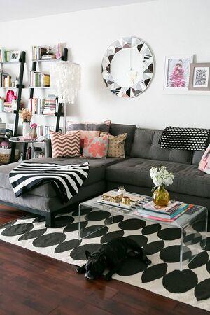 Gigi's apartment