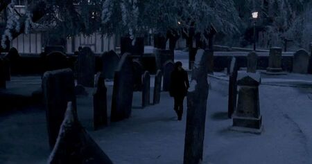 1000px-Godric's Hollow cemetery 02