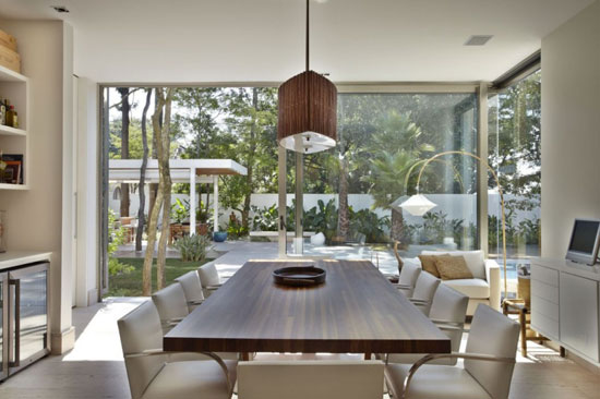 Image Modern mansion dining room