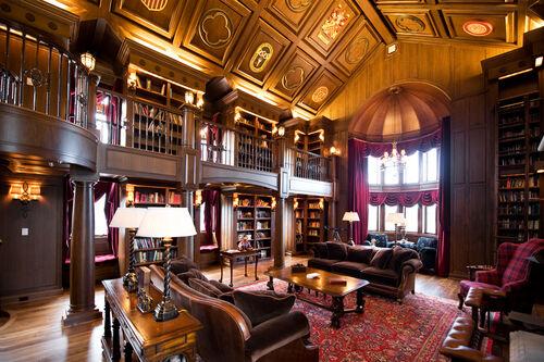 BlackManor-Library