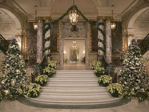 Black Estate Inside Christmas