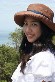 Kim-so-eun-and-boys-before-flowers-gallery