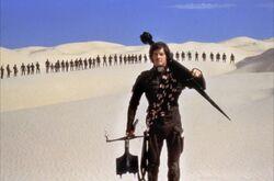 Kyle Maclachlan in desert