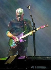 439px-David Gilmour in Munich July 2006-ed-