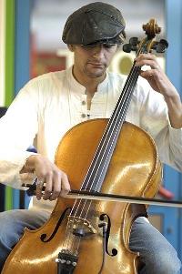 Ivan Celloman Hussey