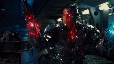 'Justice League': Cyborg's Powers Explained