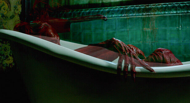 crimson-peak-bathtub