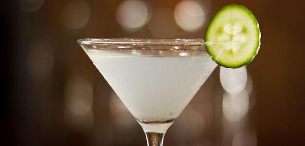 cucumber-jalapeno-martini_lg-702x336