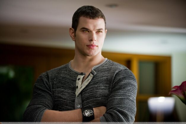 Twilight Kellan Lutz