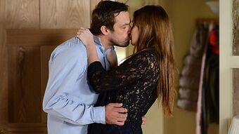 Jake+Lauren Kiss
