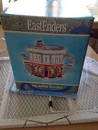 EastEnders Queen Vic Tea Pot Box