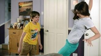EastEnders - Bobby Beale Attacks Cindy Williams (10th August 2015)