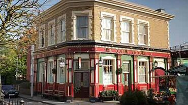 Eastenders-queenvic