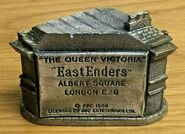 EastEnders Queen Vic Ornament 5