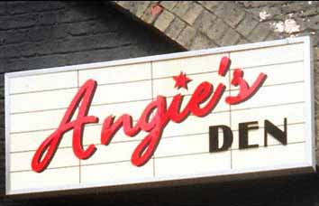 File:Angies Den Sign.jpg