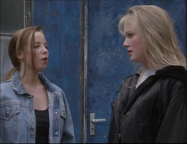 Emma Bunton (18 August 1992)