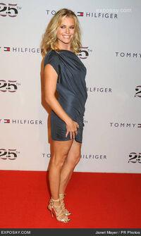 Rebecca-romijn-fashion-week-spring-2011-tommy-xQsYo8