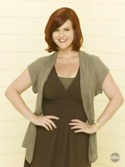 100958 sara-rue-as-penny-on-abcs-eastwick-1-