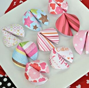 Valentine-fortune-cookies-QUICK-AND-EASY-craft-idea.-I-have-got-to-make-these-with-the-kids