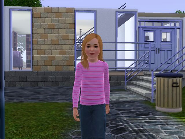 File:Sophiie Sim-self.jpg