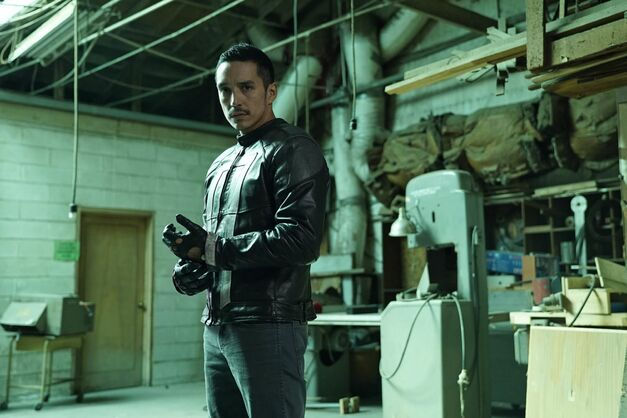 agents-of-shield-robbie-reyes-as-ghost-rider