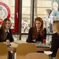 Die drei nervigsten Klassenkameradinnen..