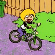 Nazz bike riding