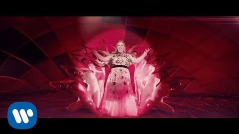 Kelly Clarkson - Love So Soft -Official Video-