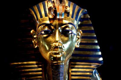 Cairo museum - tuts mask 6 - best shot
